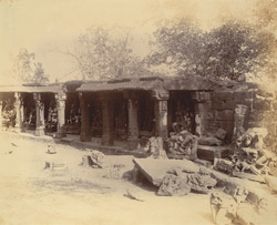 General view of statues in the colonnade of the Chaunsath Yogini Temple, Bheraghat, Jabalpur District 10031228